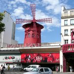  Moulin Rouge with beautiful shows