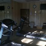 work out room ( lacking in free weights, elliptical, and cardio balls) Treadmills could use an u