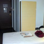  Twin bed room 1