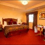 Newgrange Hotel