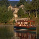 Champagne Cruise on Lake Toxaway in front of The Greystone Inn