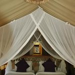 sarova mara tented camp