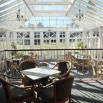 Conservatory and bar area