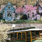 Eureka Springs Cliff Cottage Inn - Luxury B&amp;B Suites &amp; Historic Cottages