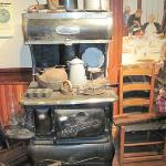  The &quot;good old days&quot; in an antique kitchen!