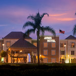 ‪Ayres Hotel Seal Beach‬