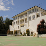 Luxury B & B palatial home & tennis court
