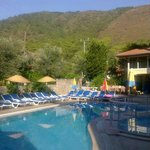 Mola apartments in the mountains - photo of the poolside