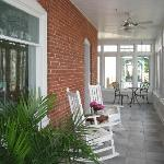 The Front Porch at Savannah Inn