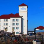 ‪Brookside Inn & Suites White City‬