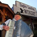 ‪Eagles Landing Winery‬