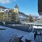 The Vail Spa Condominiums resmi