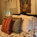  The Sturbridge Room ( comfy) bed