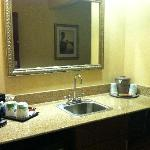 Hampton Inn & Suites Cincinnati Union Centre resmi