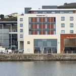 ‪Premier Inn Swansea Waterfront‬