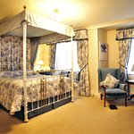 Four Poster room with Sea View