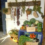 Very elegant with different vegetables that hung as a decoration insida