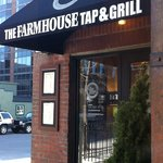 The Farmhouse Tap & Grill Foto
