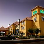 La Quinta Inn &amp; Suites Fresno Northwest