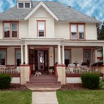 The Inn on Maple Street Bed & Breakfast