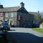 The Bolton Arms resmi