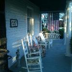  Front porch of the Bennett House