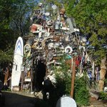 ‪Cathedral of Junk‬