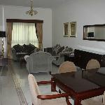 Photo de AlManar Hotel Apartments