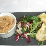  hot crab ramekin starter