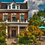 The One Bed and Breakfast Innkeepers