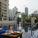 Bally&#39;s Studio Suites Sukhumvit