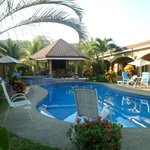 Las Brisas Resort and Villas resmi