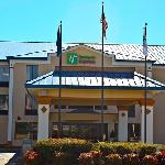  The Holiday Inn Express Greer