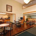Photo of Quality Inn Reedsburg