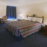 Americas Best Value Inn Clinton