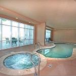 Indoor Pool -Jacuzzi