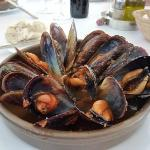 A huge bowl of moules