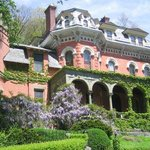The Harry Packer Mansion Tours