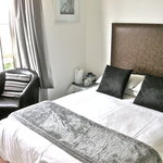SunnyBank House B&B