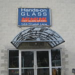 ‪Hands On Glass Studio‬