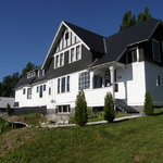 Black Bear Bed &amp; Breakfast