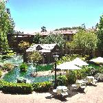 ‪Embassy Suites Hotel Napa Valley‬