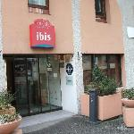  Ibis Lourdes