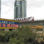 Lake City Inn & Suites resmi