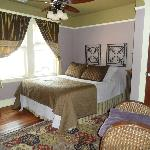 The Sea Gypsy Bed and Breakfast resmi