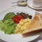  After the fresh fruit, this is the eggs and veggie brekky
