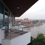 Photo de River View Place Hotel