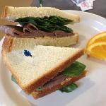  roast beef sandwich