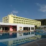 Foto van Avra Beach Resort Hotel - Bungalows
