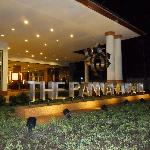 the pannarai hotel night time